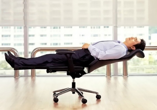 Lay-Flat-Office-Chair
