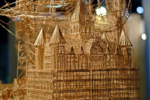 Scott_weaver_toothpicks_sculpture_2