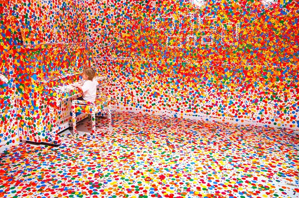 installation by Kusama 10