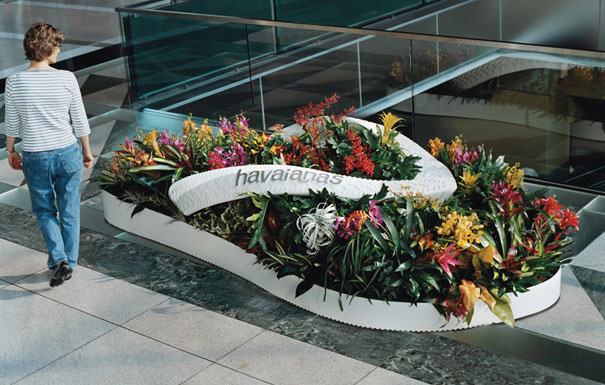 477499-large-scale-objects-havaians-2 (1)
