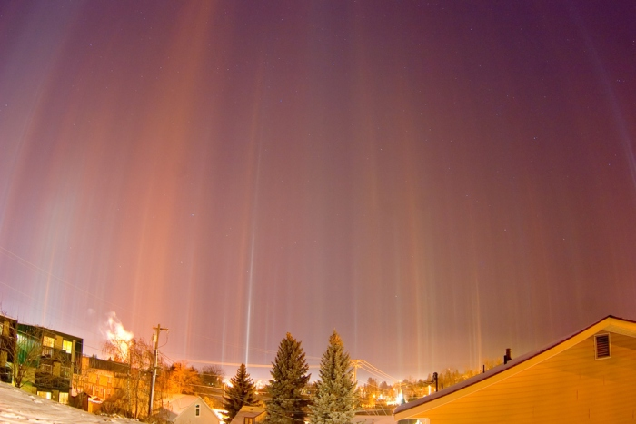 Light pillars over Moscow