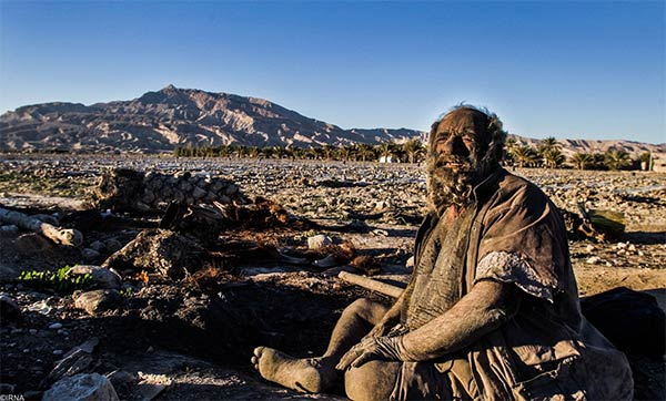 World's Dirtiest Man Has Not Bathed For 60 Years