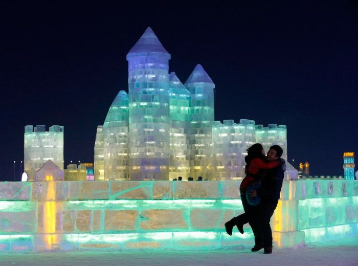 17Spectacular City Built Only of Ice and Snow in Chinese Festival