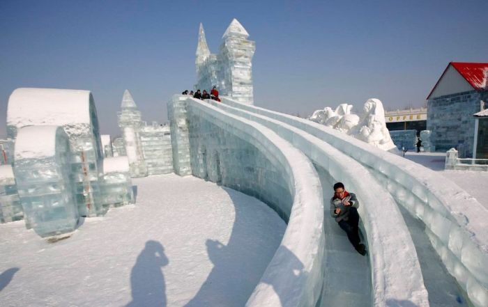 19Spectacular City Built Only of Ice and Snow in Chinese Festival